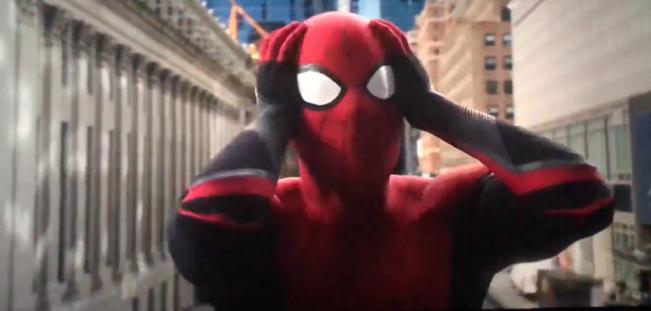 After-credit gây chấn động của FAR FROM HOME: Còn ai cao tay hơn Marvel? - Hình 5