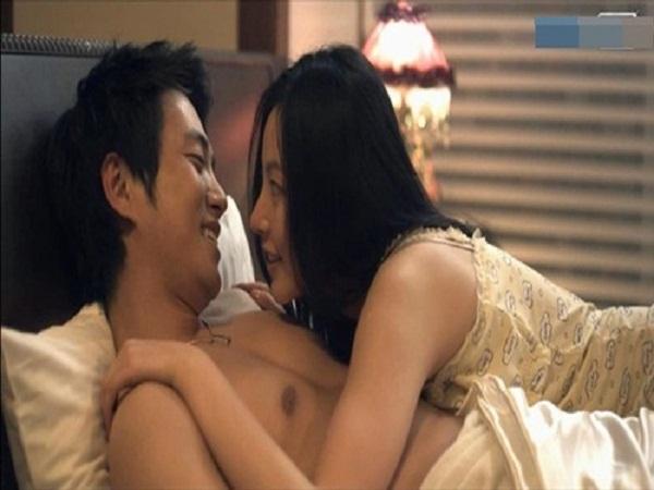 Thấy chồng và bồ vào nhà nghỉ, vợ tỉnh bơ nói: Đây là chồng tôi, cô ngủ với anh ta thì phải trả tiền - Hình 1