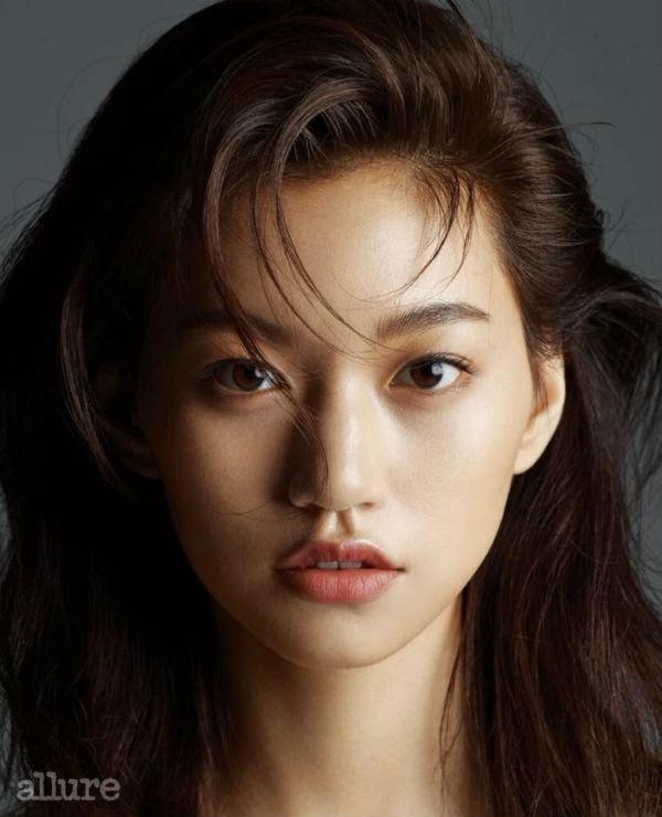 Điểm danh những mỹ nhân Hàn xinh đẹp tới mức được netizen phong tặng danh hiệu Miss Korea - Hình 18