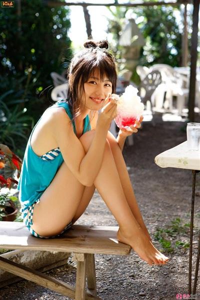 Thánh nữ trà sữa Nhật Bản khiến nam giới mê mẩn với vẻ đẹp ngây thơ - Hình 11