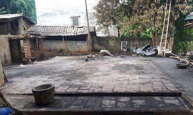 Nhà nội thủ môn Bùi Tiến Dũng bị thiêu rụi trong đêm, thiệt hại kinh hoàng - Hình 1