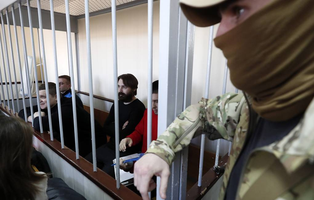 Putin buộc phải thả 24 thủy thủ Ukraine trước 21/7 vì lý do này - Hình 1