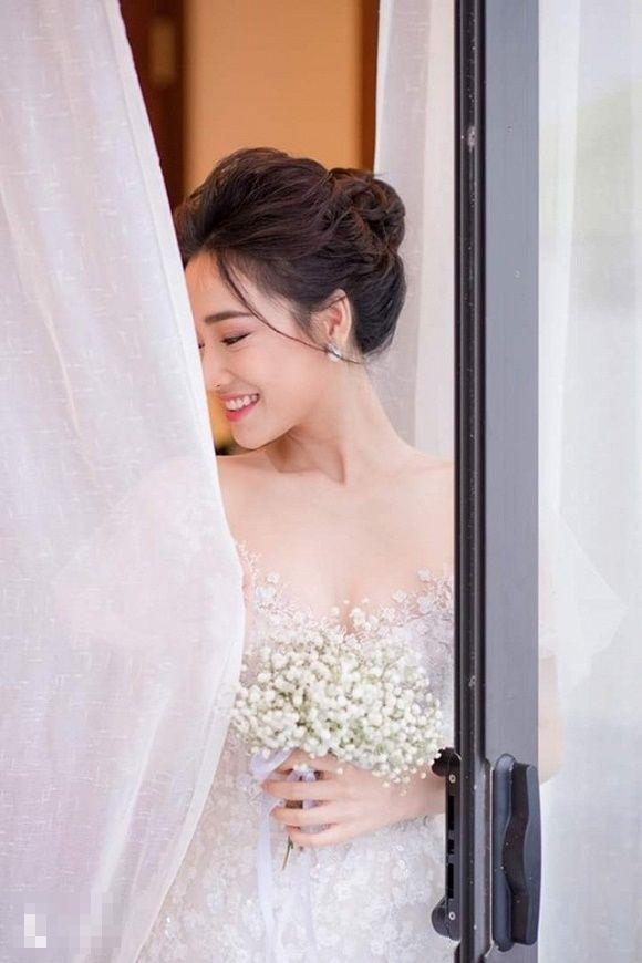 Lần đầu tiên, loạt ảnh đính hôn của Trường Giang và Nhã Phương được hé lộ - Hình 4