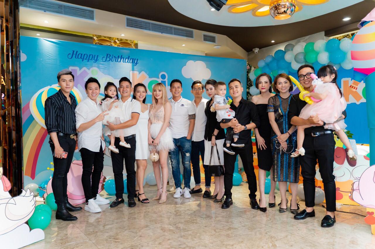 Dàn sao Việt đến chúc mừng sinh nhật và thôi nôi con trai Hải Băng, đáng chú ý nhất là thành viên nhóm The Men - Hình 2