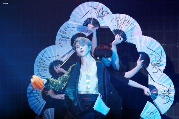 Jimin (BTS) trở thành chàng thơ của các tác phẩm nghệ thuật quốc tế, Knet trầm trồ: Ai cũng đều đắm chìm trong vẻ đẹp cực hạn này rồi - Hình 1