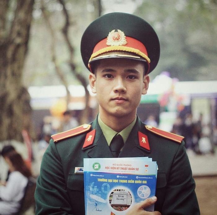 Ảnh: Nam sinh Học viện Kỹ thuật Quân sự điển trai thu hút mọi ánh nhìn -  Netizen - Việt Giải Trí