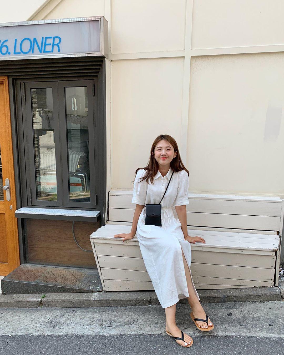Dù tới sở làm hay đi chơi thì street style Châu Á tuần này cũng cân hết, 15 bộ đều đơn giản mà đẹp sang - Hình 6