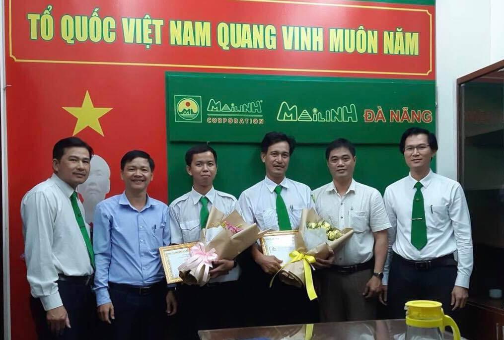 Sở Du lịch Đà Nẵng khen thưởng hai tài xế taxi có hành động đẹp - Hình 1