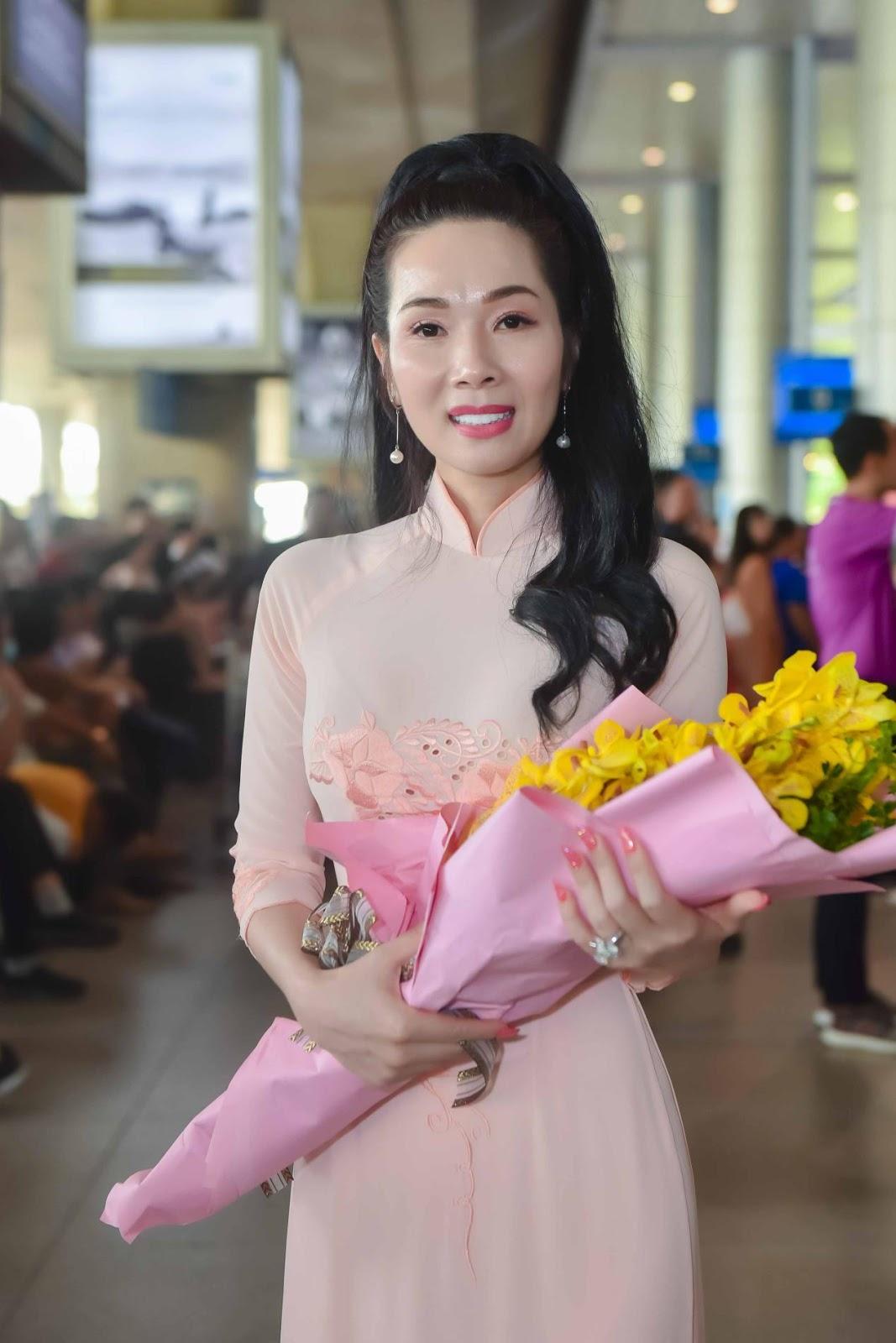 Miss Supranational 2013 Mutya Johanna Datul tự tin khoe sắc vóc trong ngày đầu có mặt tại Việt Nam - Hình 6
