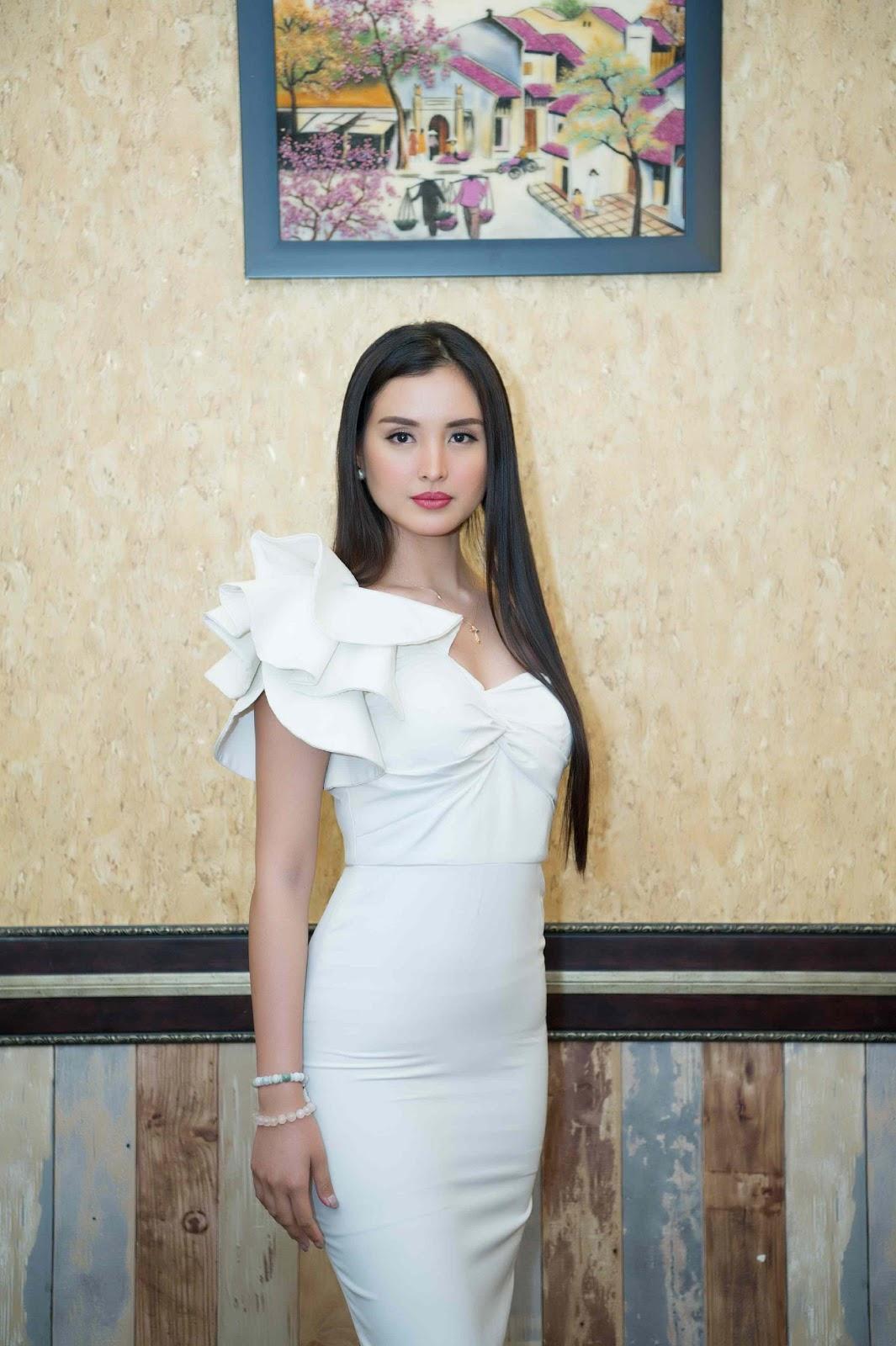 Miss Supranational 2013 Mutya Johanna Datul tự tin khoe sắc vóc trong ngày đầu có mặt tại Việt Nam - Hình 13