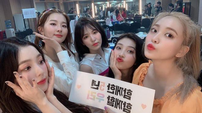 5 thành viên Red Velvet đồng loạt đổi tóc mới: Ai xinh đẹp nhất? - Hình 16