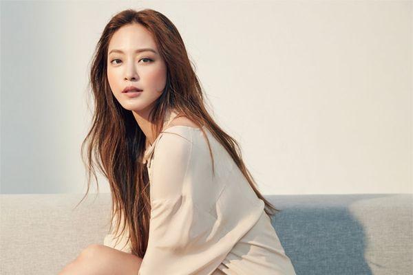13 nam thanh nữ tú trong vũ trụ phim Hàn 'nói tiếng Anh như gió' ngoài đời khiến bạn phải trầm trồ! - Hình 4