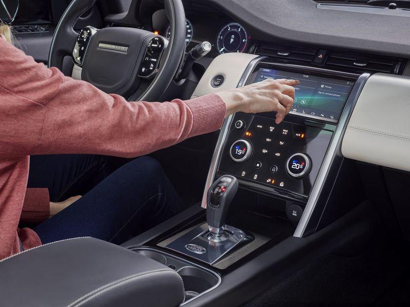 Land Rover Discovery Sport 2020 - Thay đổi không chỉ dừng ở thẩm mỹ bên ngoài - Hình 5