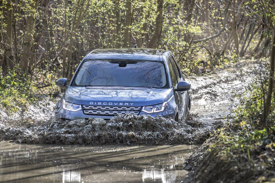 Land Rover Discovery Sport 2020 - Thay đổi không chỉ dừng ở thẩm mỹ bên ngoài - Hình 9