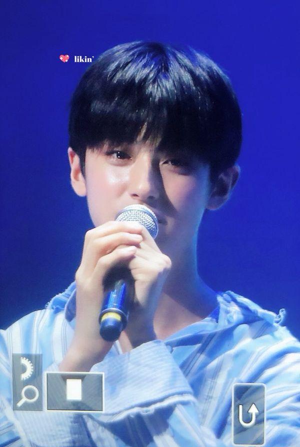 Produce X 101: Kim Min Kyu dự họp fan của Lee Jin Hyuk, Kim Woo Seok (X1) gửi video nhắn nhủ xúc động - Hình 15