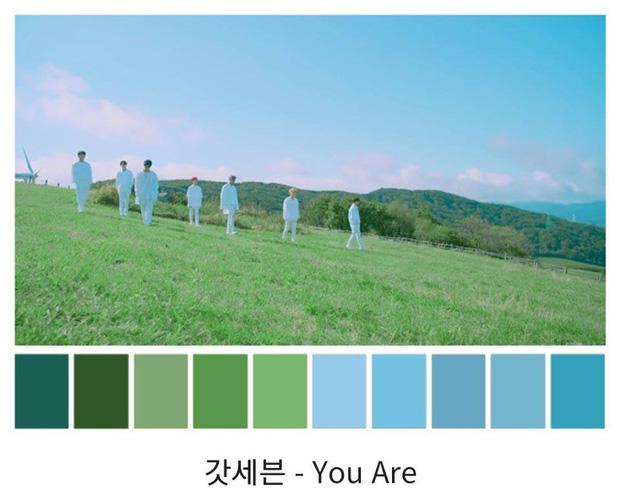 Xem MV của BLACKPINK, Big Bang, TWICE, EXO tiện biết cách phối màu cực đẹp - xịn - mịn thì còn gì bằng - Hình 10