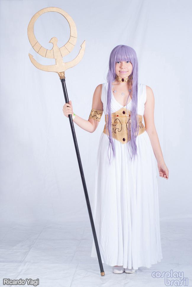 Cosplay Saori Kido: hiện thân của nữ thần Athena - Hình 10