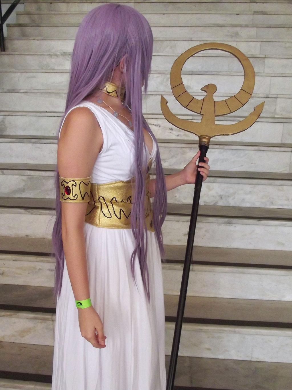 Cosplay Saori Kido: hiện thân của nữ thần Athena - Hình 16