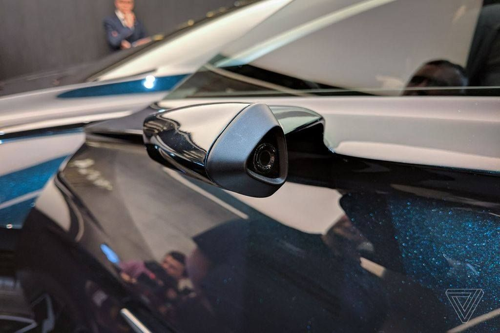 Aston Martin chuẩn bị trình làng mẫu SUV đầu tiên mang tên Lagonda All-Terrain - Hình 7