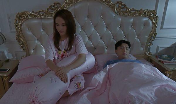 Ngoài Nira và dượng Chat, đây là những cặp đôi gây sốt màn ảnh nhỏ những ngày vừa qua! - Hình 22