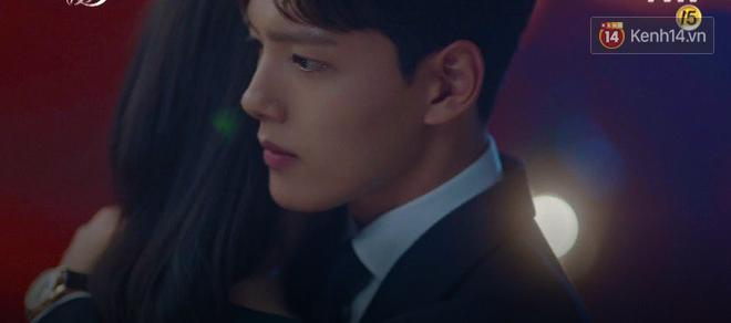 Sau trận ghen lồng lộn vì crush suýt bị gả vào nhà tài phiệt, CEO IU và Yeo Jin Goo chính thức kết đôi trong tập 10 Hotel Del Luna - Hình 2