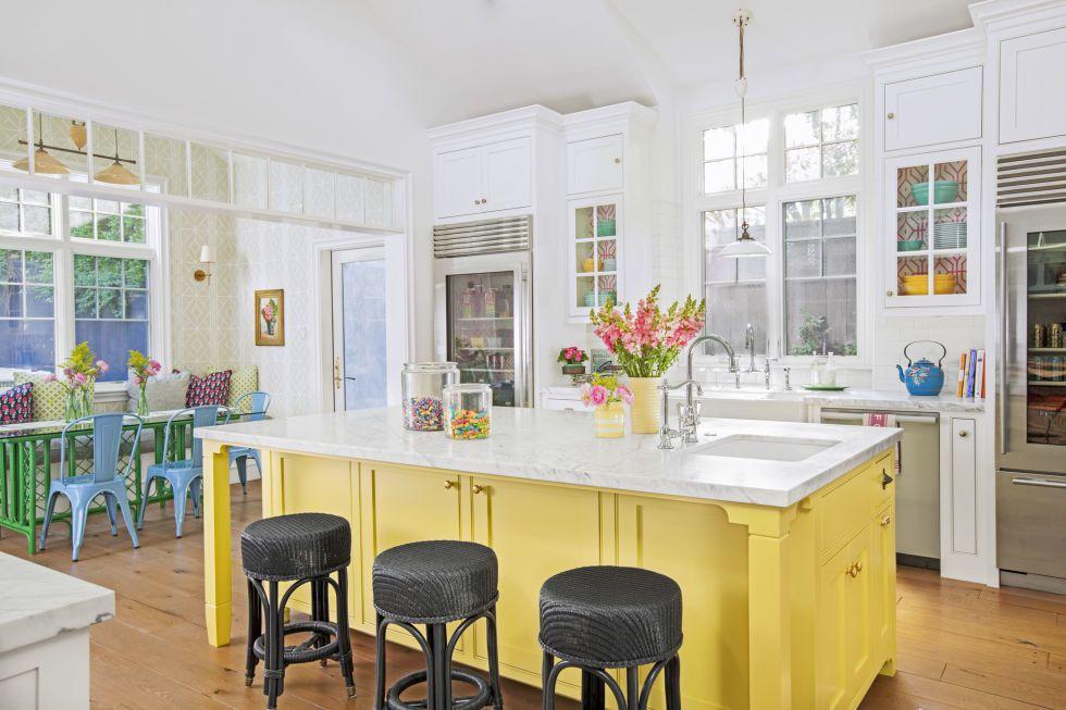 10 gam màu lý tưởng giúp căn bếp nhỏ trở thành điểm nhấn khó quên cho ngôi nhà - Hình 6