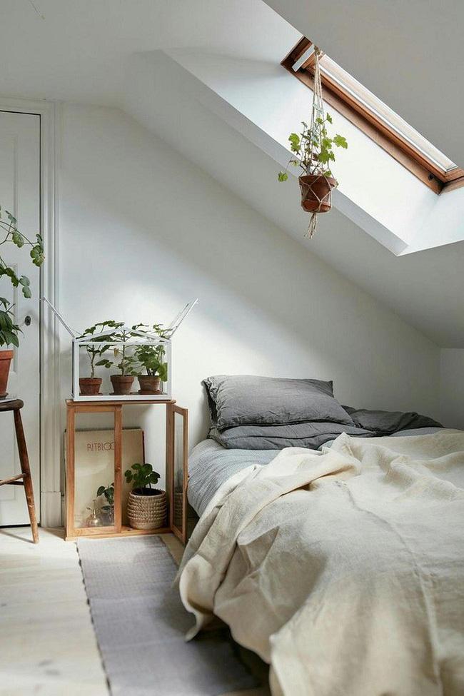2 cách thiết kế thông minh và hữu ích cho không gian phòng ngủ gác mái - Hình 13