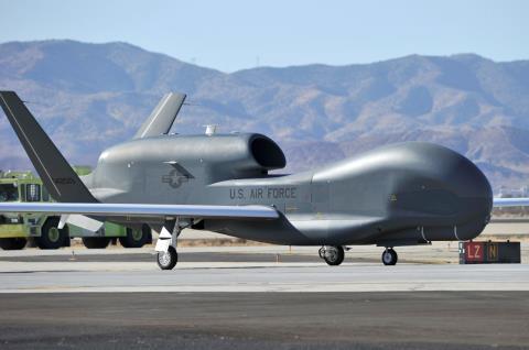 220 triệu USD thưởng nóng cho việc hạ F-16 - Hình 3