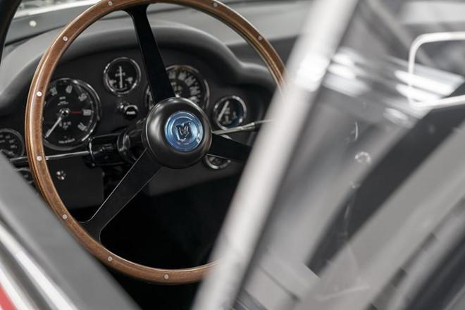 Siêu xe đắt nhất lịch sử Aston Martin bắt đầu được sản xuất - Hình 5