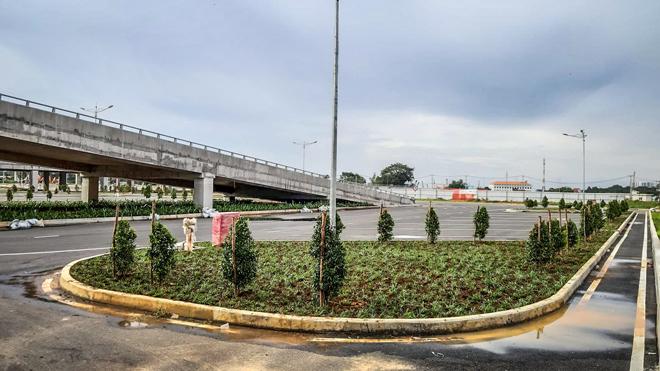 Cận cảnh Bến xe Miền Đông mới rộng gấp 3 lần bến xe cũ trước giờ G - Hình 12