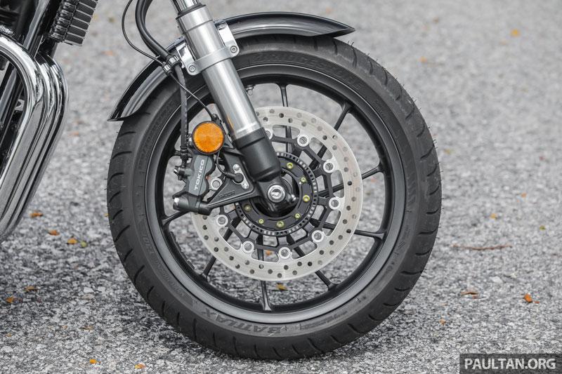 Cận cảnh môtô Honda 1.140cc, giá hơn 400 triệu đồng - Hình 12