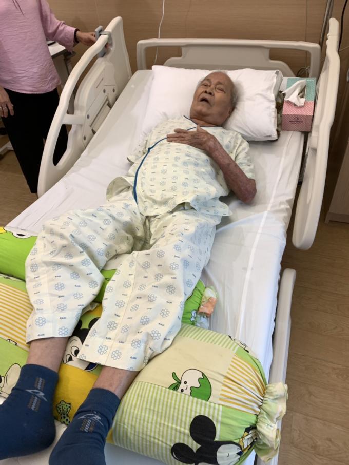 Chuyện ông lão 90 tuổi 20 năm gánh đơn đi tìm công lý - Hình 2