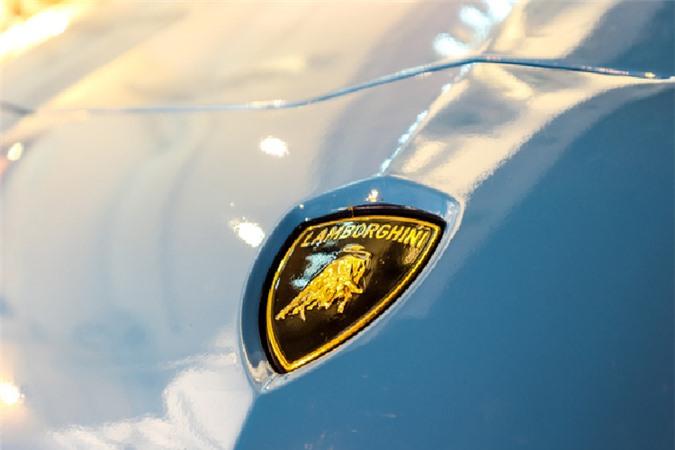 Ngắm siêu xe Lamborghini Aventador SV hơn 30 tỷ trên phố Sài Gòn - Hình 4