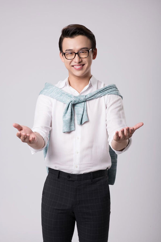 Sau thời gian vắng bóng để hỗ trợ cho ông xã Võ Thanh Hoà, Mai Bảo Ngọc bất ngờ comeback với vai trò mới - Hình 3