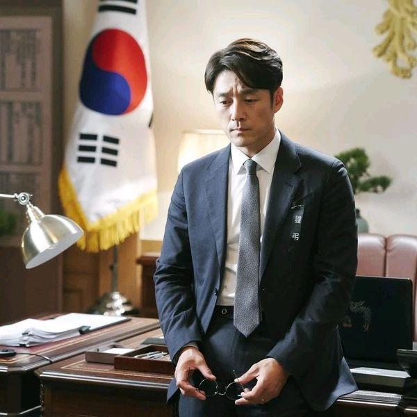 Top 10 bộ phim truyền hình được tìm kiếm nhiều nhất Hàn Quốc - Hình 2