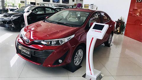 Toyota Vios, Honda City thi nhau giảm giá mạnh đầu tháng 8/2019 - Hình 1