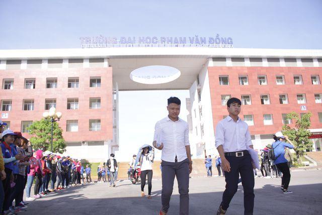 Trường ĐH Phạm Văn Đồng: Nhiều ngành không tuyển được sinh viên - Hình 1