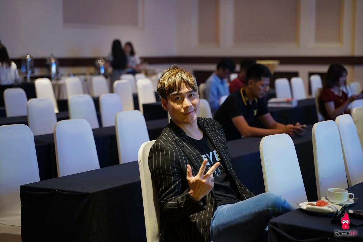 VIP như Thiên Kiếm: Ca sĩ Khánh Phương khuấy động không khí buổi offline đẳng cấp của các VIP - VVIP - Hình 5