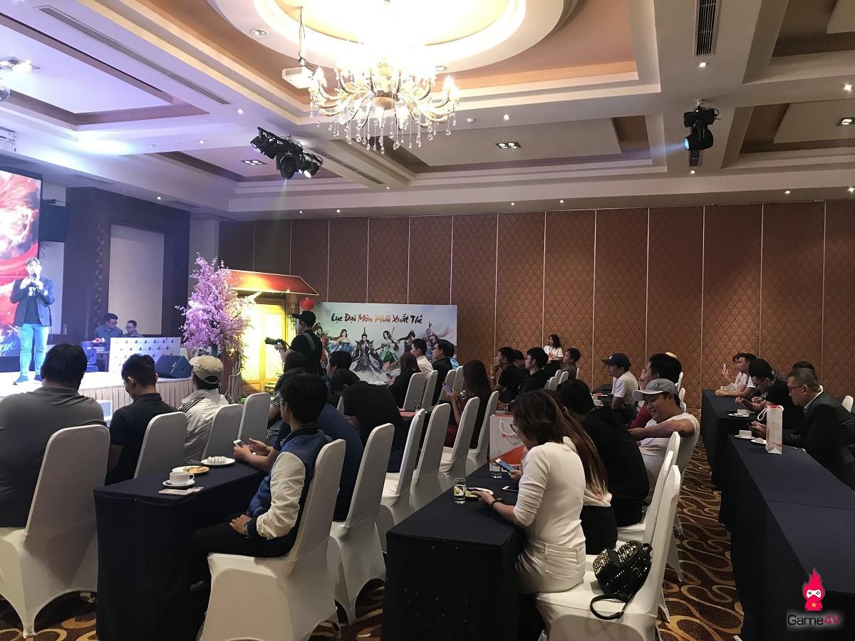 VIP như Thiên Kiếm: Ca sĩ Khánh Phương khuấy động không khí buổi offline đẳng cấp của các VIP - VVIP - Hình 7