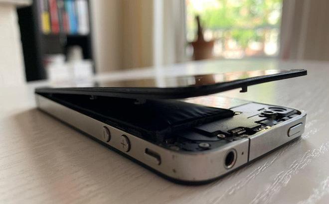 Vứt iPhone cũ trong tủ không dùng, tưởng chừng vô hại để rồi tá hỏa vì cái kết đáng sợ khôn lường - Hình 1