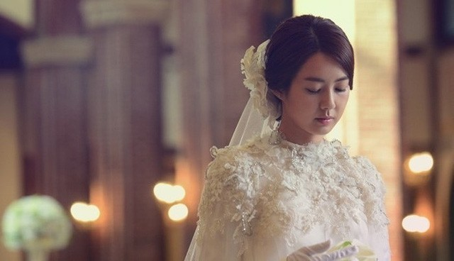 6 khó khăn mà chị em có thể gặp phải khi yêu và lấy chồng giàu, đáng sợ nhất là điều số 5 - Hình 1