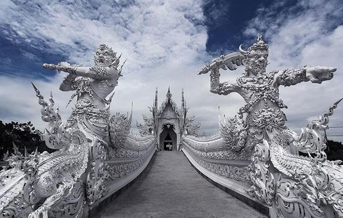 Bạn Đến Thái Lan đừng bỏ lỡ Chùa Bạch Long - Hình 5