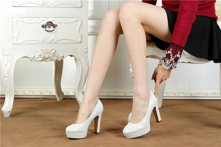 Bí quyết để các nàng mang giày cao gót thật tự tin - Hình 5