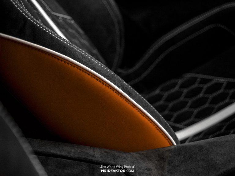 Chi 1 tỷ đồng để độ lại nội thất của Lamborghini Aventador - Hình 4