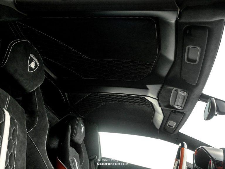 Chi 1 tỷ đồng để độ lại nội thất của Lamborghini Aventador - Hình 8