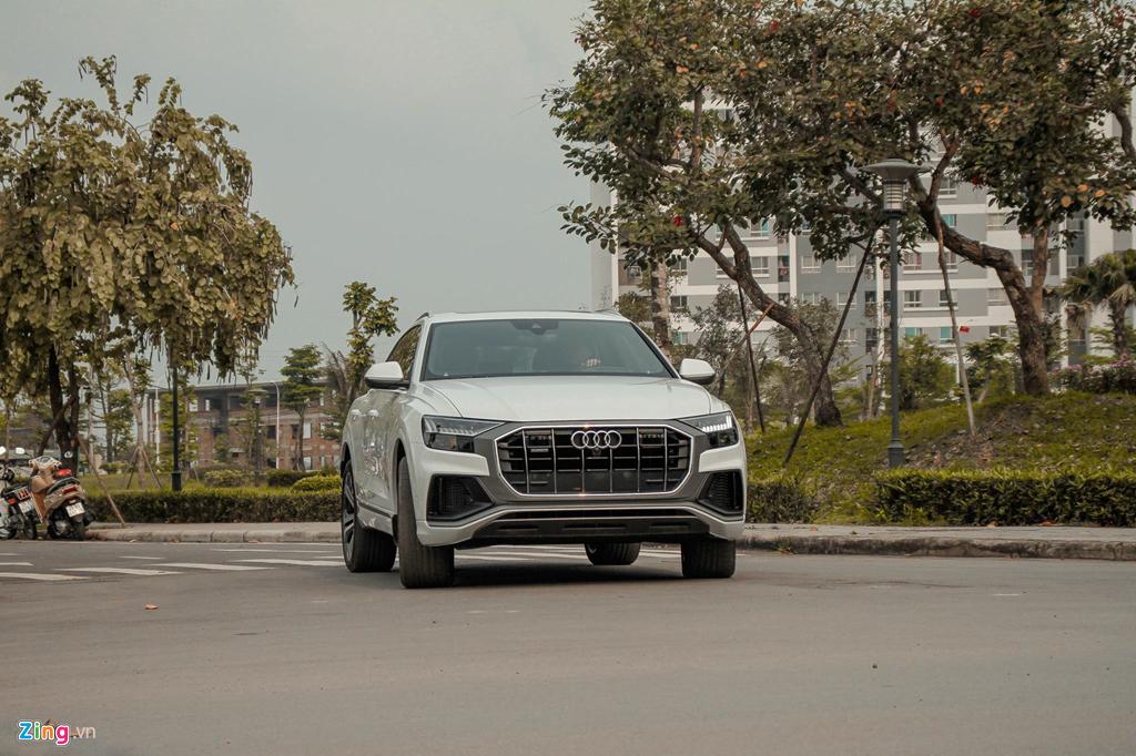 Audi Q8 đầu tiên tại VN ra biển trắng, giá hơn 6 tỷ đồng - Hình 10