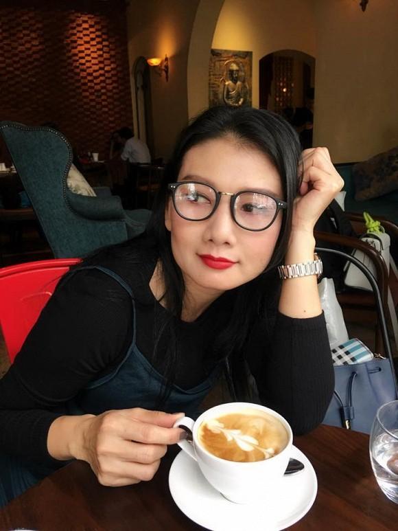 Cuộc sống ngoài đời của mẹ chồng cay nghiệt nhất lịch sử màn ảnh Việt: U50 vẫn cô đơn nhưng nhan sắc lại lão hóa ngược - Hình 9