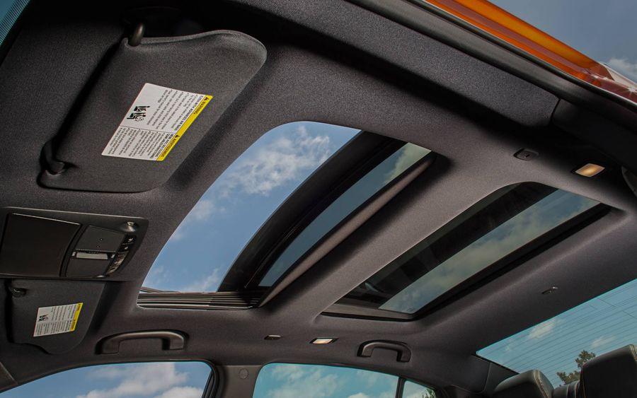 Nissan Maxima 2020 đưa bộ công nghệ an toàn lên tiêu chuẩn đồng thời tăng giá - Hình 3