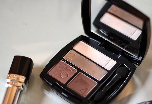 Bí quyết make up cho mẹ ngày Vu lan - Hình 4