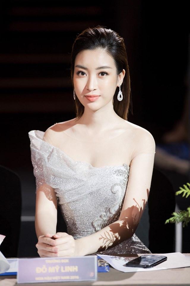 Hoa hậu Đỗ Mỹ Linh mặc đẹp tựa nữ thần, phớt lờ ồn ào bủa vây? - Hình 6